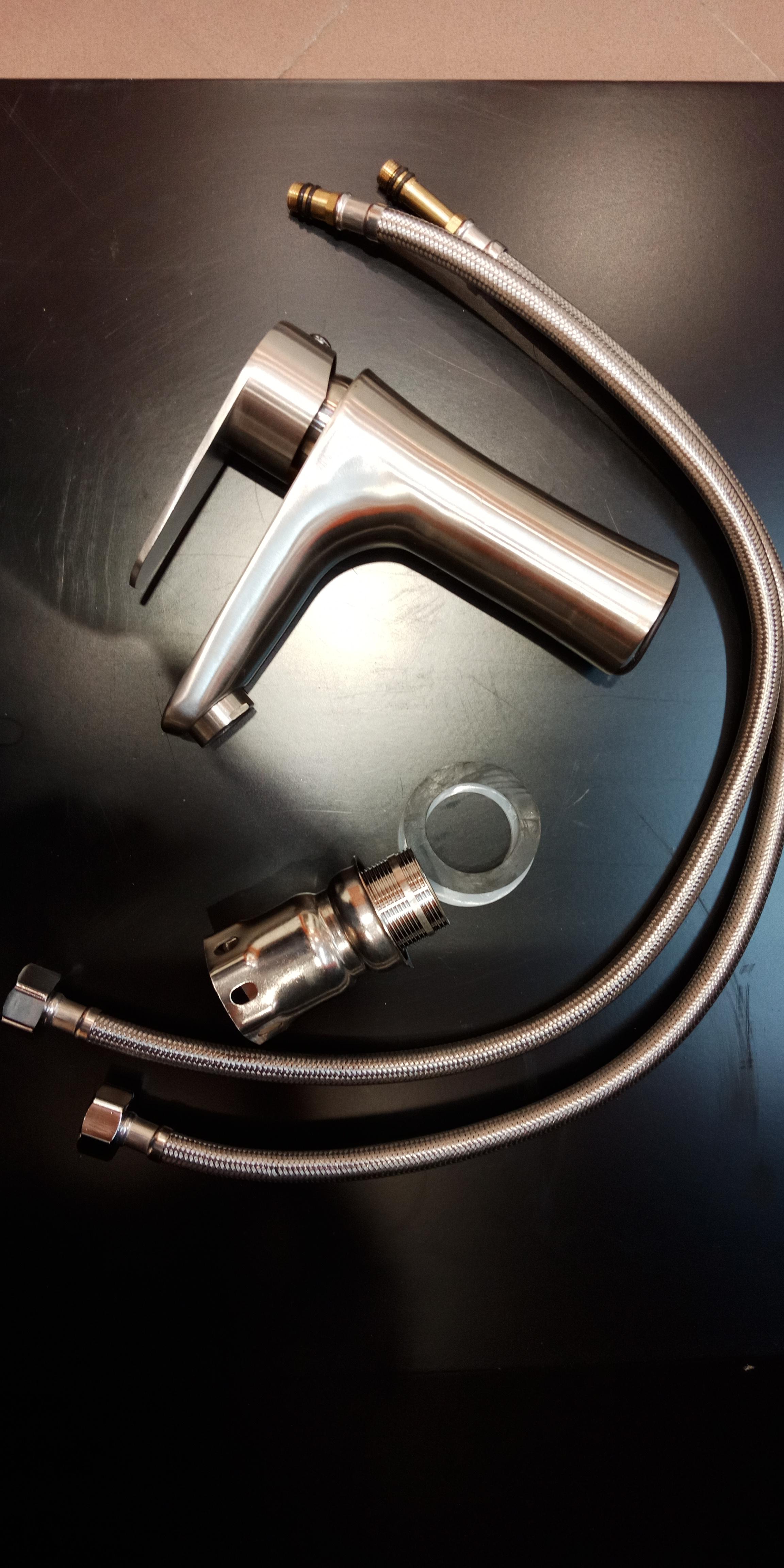 Vòi rửa mặt nóng lạnh RANOX RN8014