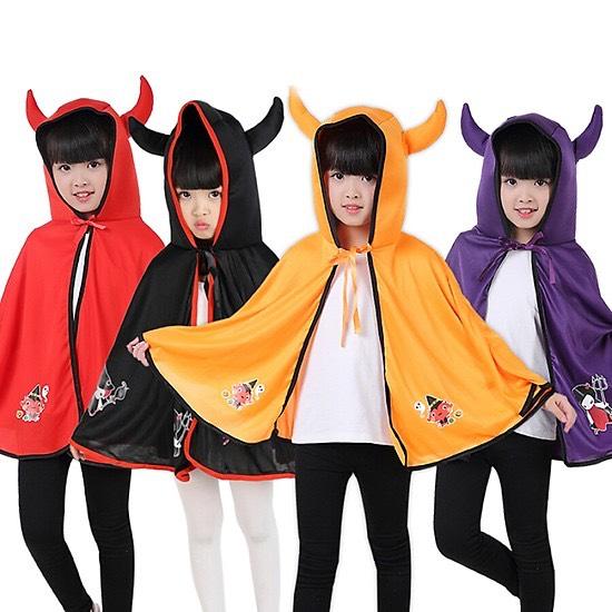 Trang phục áo choàng sừng Halloween
