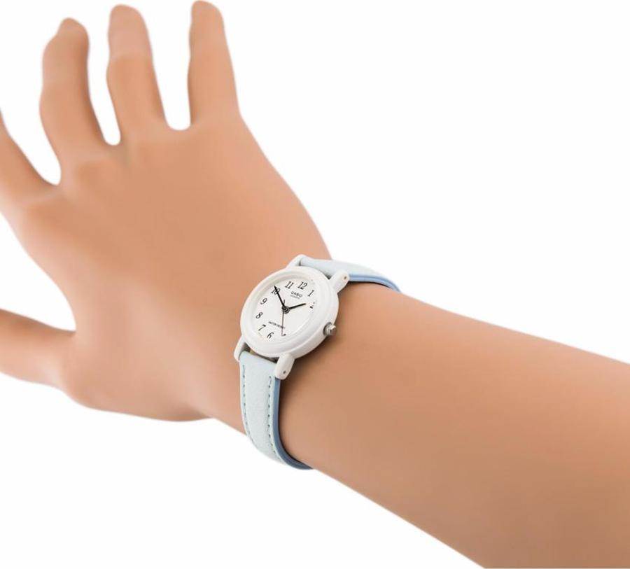 Đồng hồ nữ dây da Casio LQ-139L-2BDF