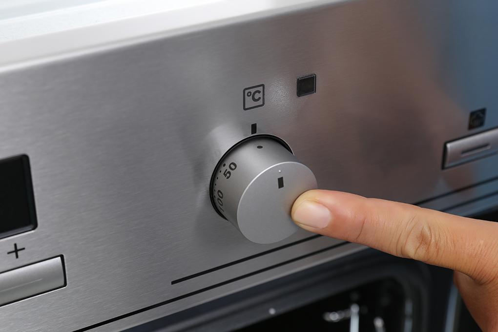 Lò nướng hơi nước âm tủ cao cấp Electrolux EOB3434BOX (72L , 8 chế độ nướng) - Hàng nhập khẩu