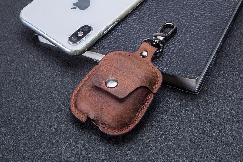 Bao da dành cho Apple Aipods - Apple Airpods Leather Case - Chất liệu da ngựa 100%, Có móc đeo, dùng được cho Airpods 1 và 2, nội dung kèm video