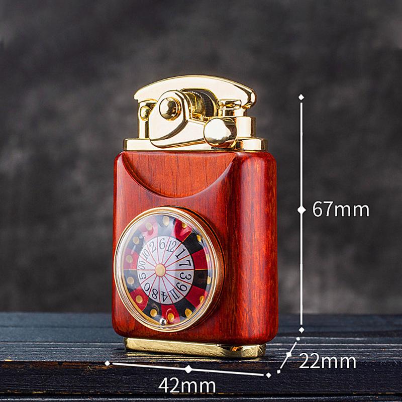 Combo Hộp Quẹt Bật Lửa Xăng Đá Ốp Gỗ Z592-210, Kiểu Dáng Độc Đáo Mới Lạ + Tặng Bình Xăng Chuyên Dụng Cho Bật Lửa ( Giao Màu Ngẫu Nhiên)