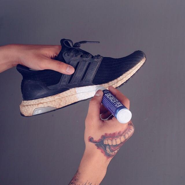 Bút Làm Trắng Đế Giày - Bút Repaint Giày Chuyên Dùng - Enito Sneaker Pen - 10ml - Hàng Chính Hãng