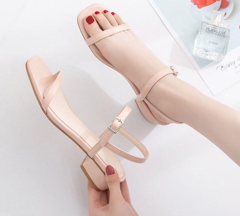 Giày sandals quai mảnh A03