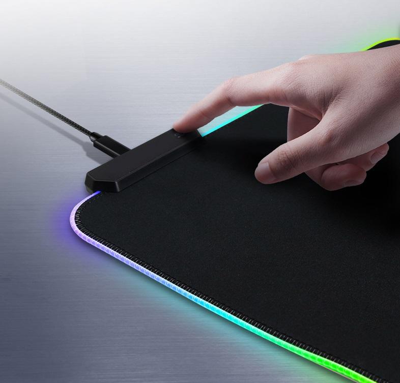 Tấm lót di chuột Led RGB (80cm x 30cm x 4mm) đảo màu tùy chỉnh (1 Tấm)