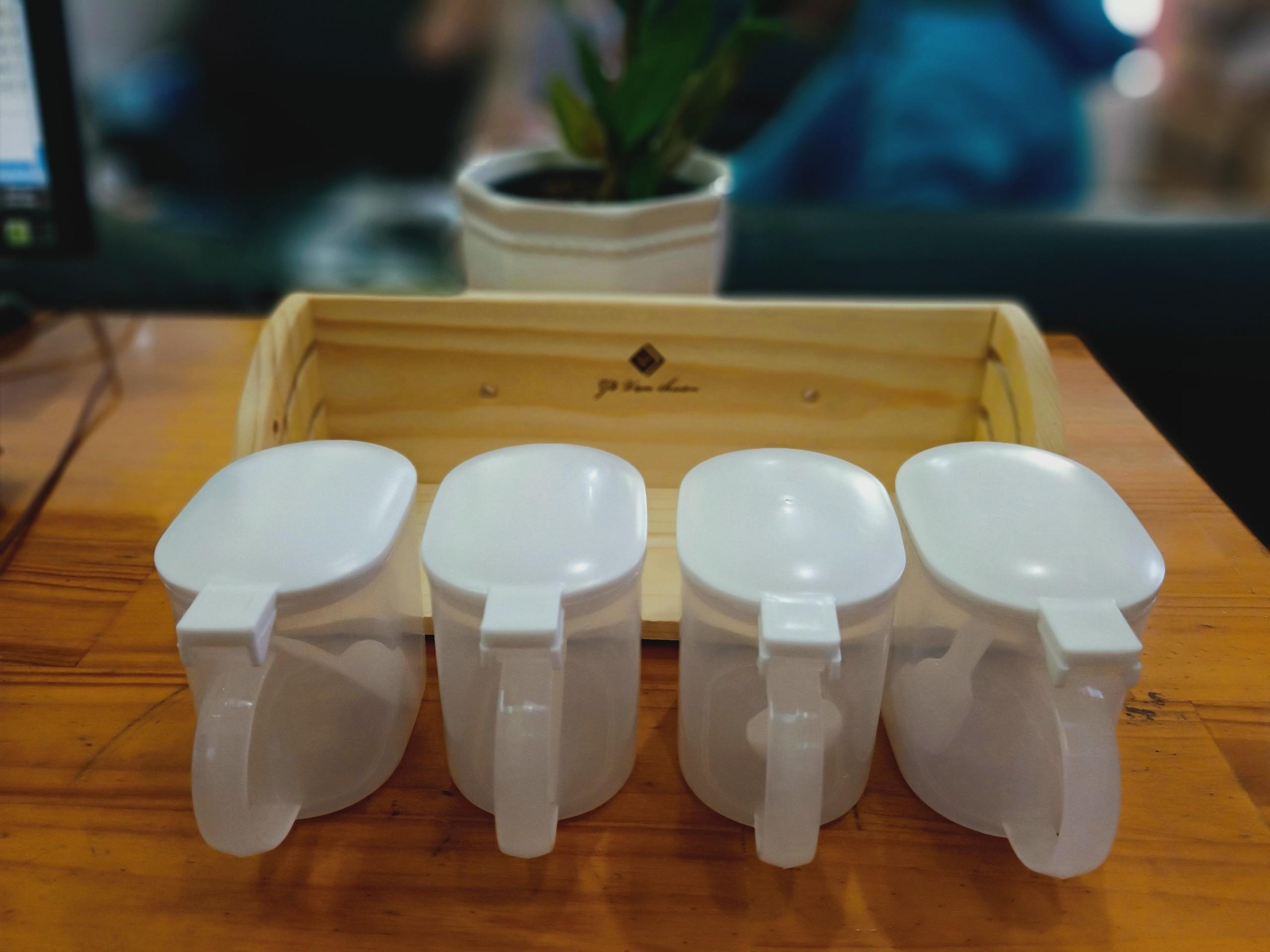 Bộ gia vị bầu 1 set 4 cái hộp nhựa