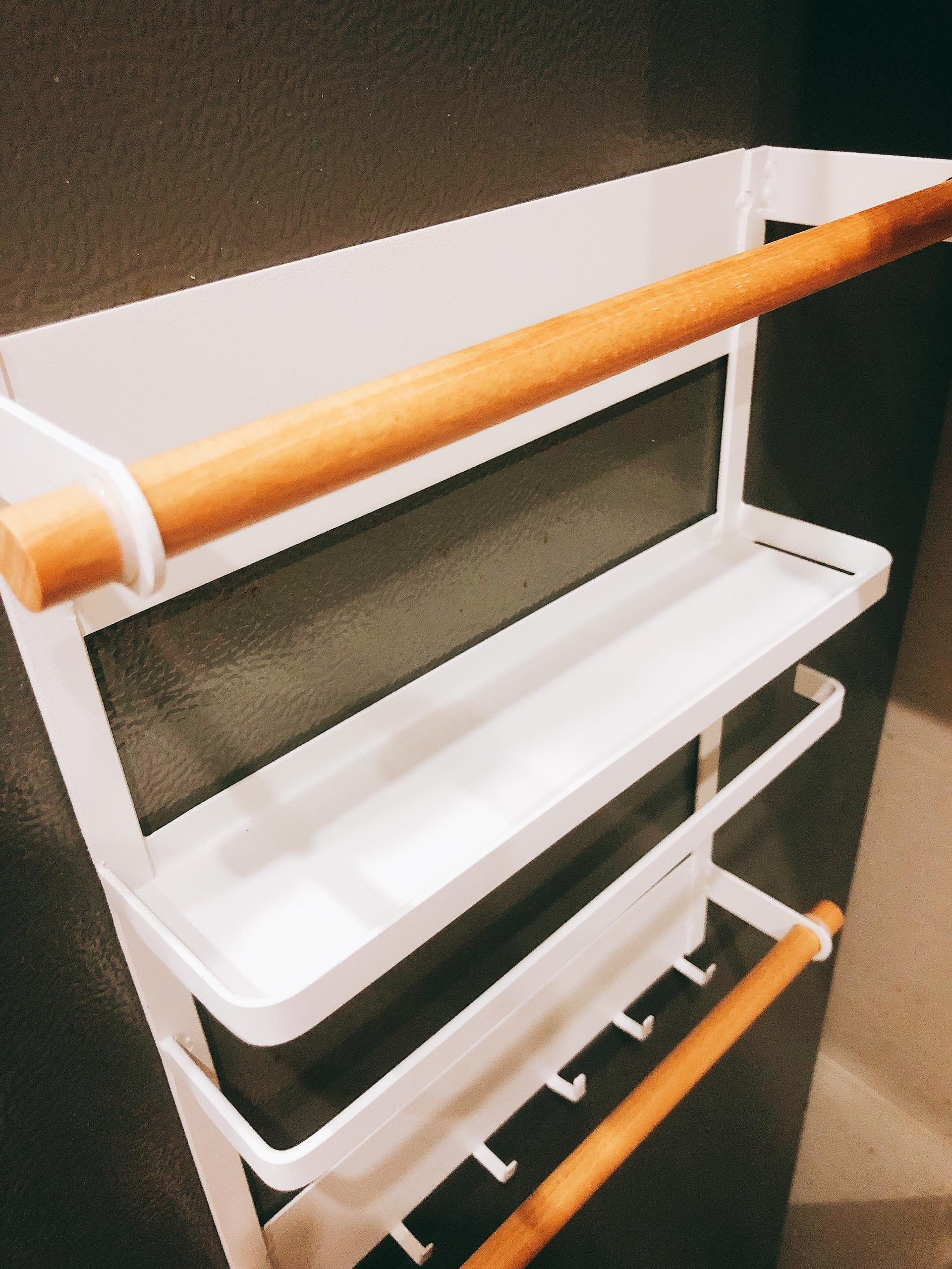 Kệ đựng đồ có nam châm hít tủ lạnh 34x27.5x7.5cm - Chính hãng (Giao màu ngẫu nhiên)
