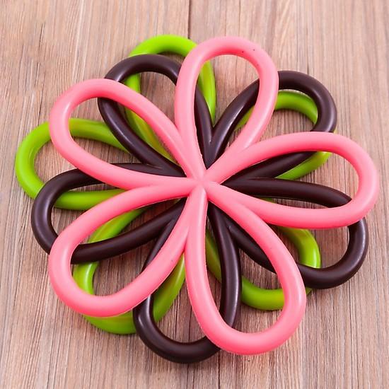 Bộ 2 miếng lót nồi silicon hình hoa đk 20cm tặng kèm miếng rửa chén - giao ngẫu nhiên