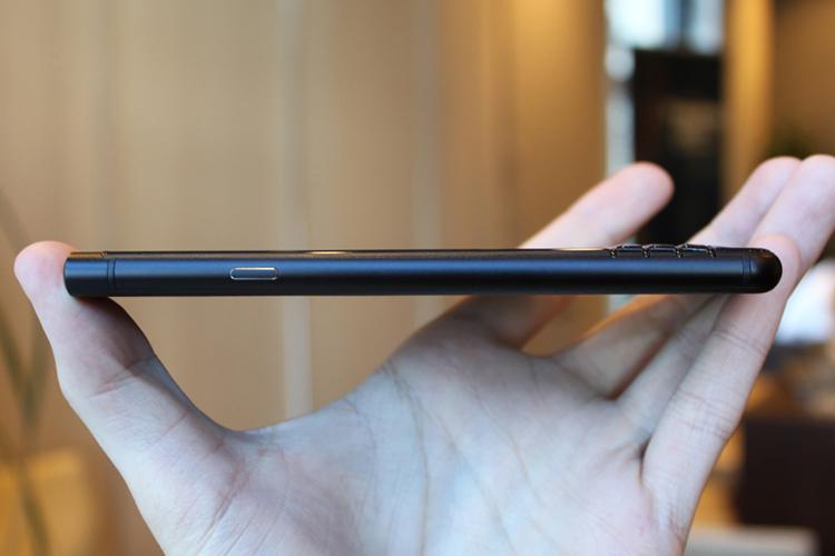 Điện Thoại BlackBerry KEYone Black Edition (Đen) - Hàng Chính Hãng
