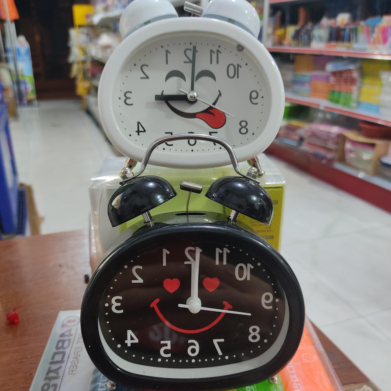 Đồng hồ báo thức siêu cute( giao mầu ngẫu nhiên)