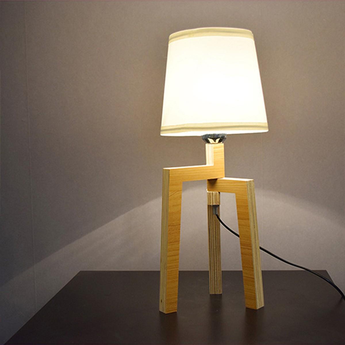 Đèn trang trí phòng ngủ kèm bóng LED CN400 đế gỗ cao cấp