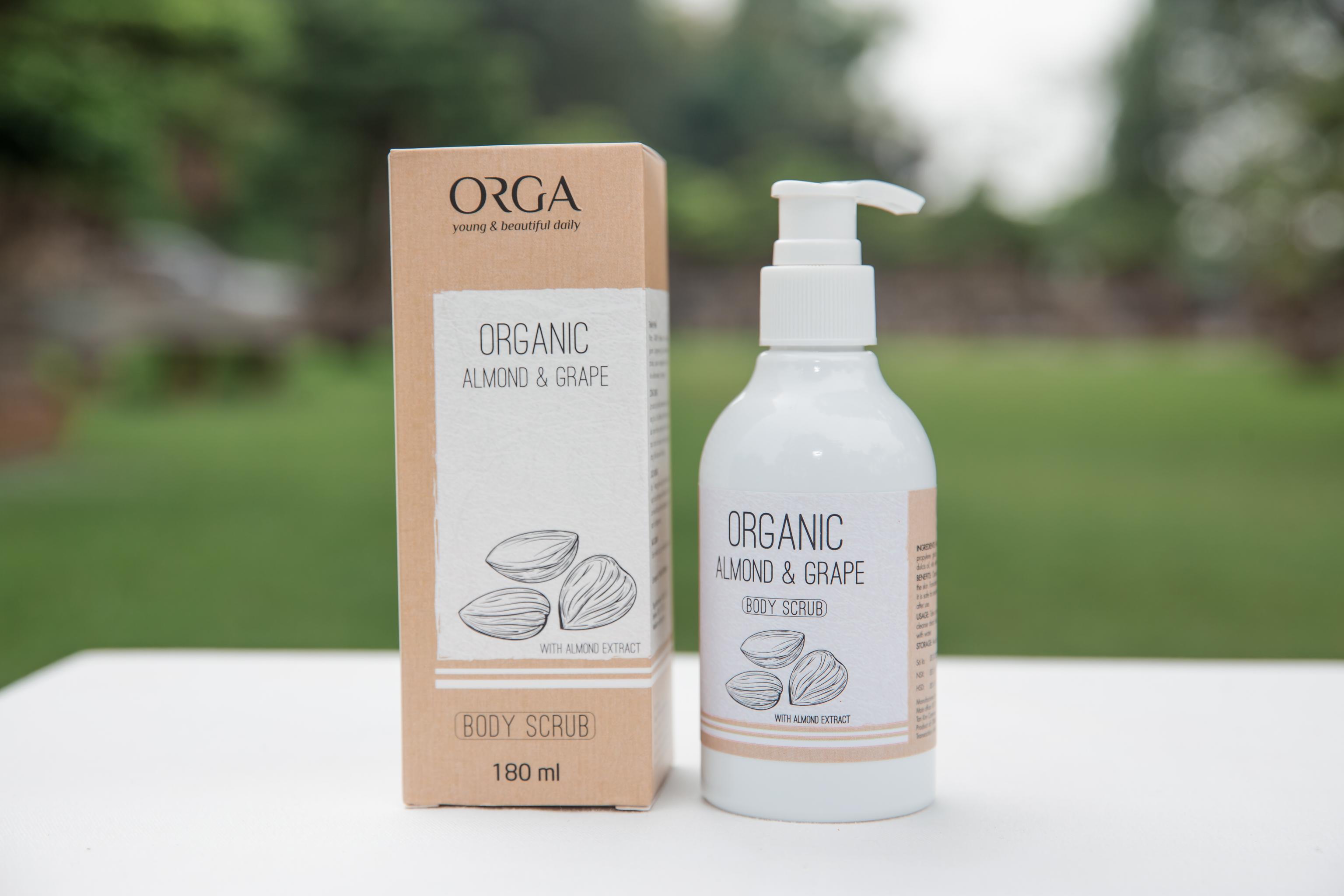 Tẩy da chết cho da mặt tinh chất gạo– ORGANIC BROWN RICE & ROYAL JELLY 120ML