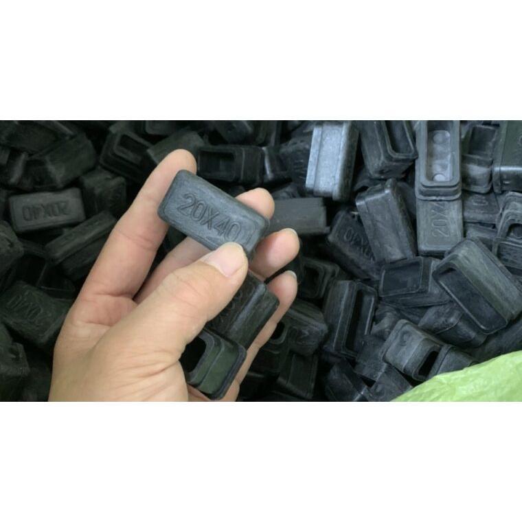 COMBO Bộ 10 chiếc Bịt nhựa loại 30x30 (bịt đầu ống sắt hộp, núm, chụp, chân đế, nút cao su, chân bàn, ghế, ống hộp,..)