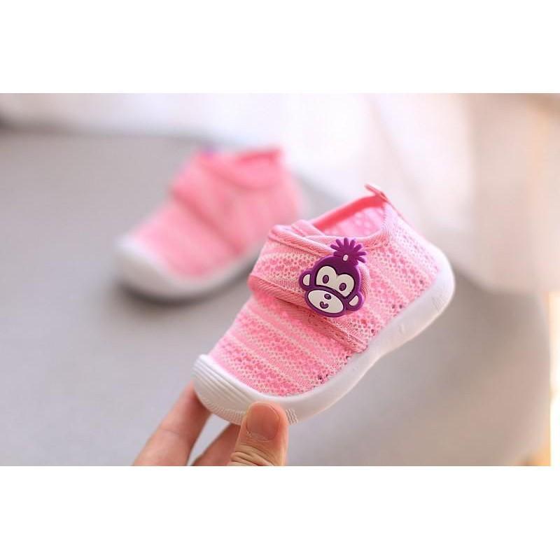 Giày lưới tập đi mùa thu cho bé