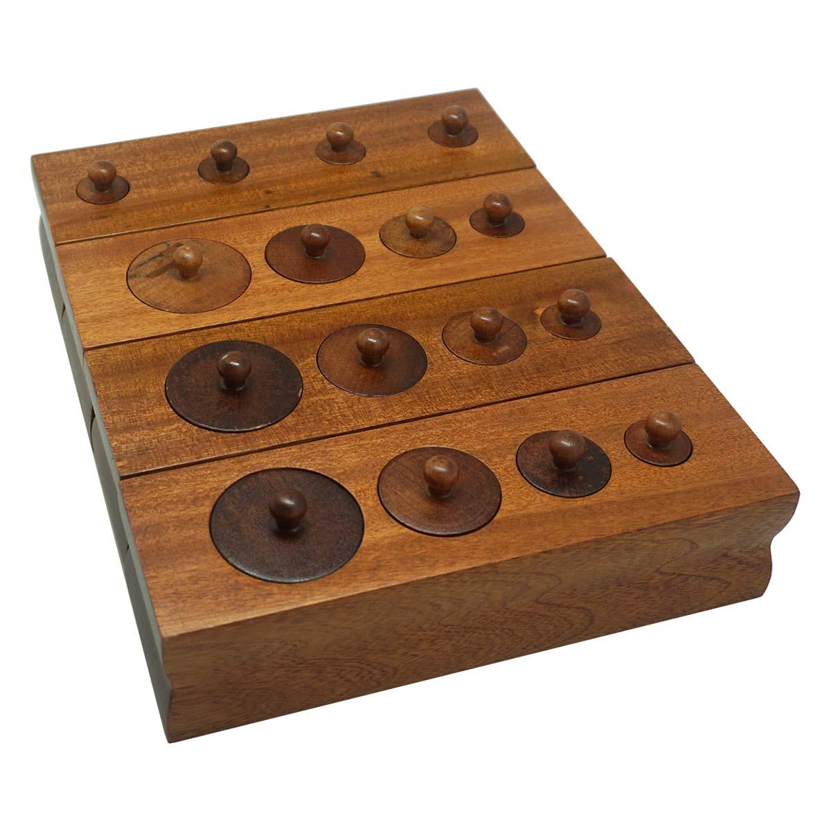 Khối trụ có núm cho trẻ 0-3 (set 4 khối)