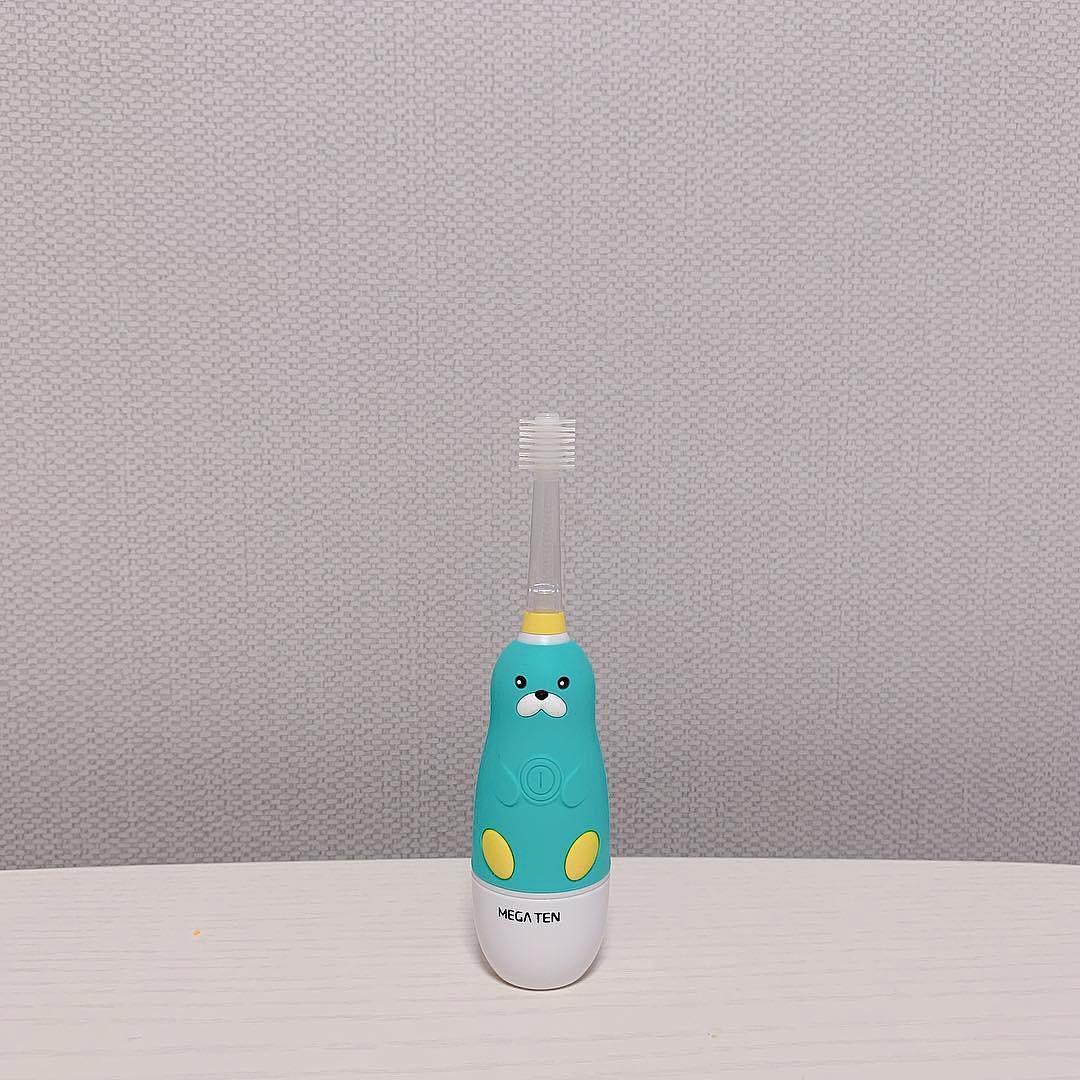 Bàn chải đánh răng điện trẻ em Megaten Sonic Kids mẫu Hải cẩu xanh