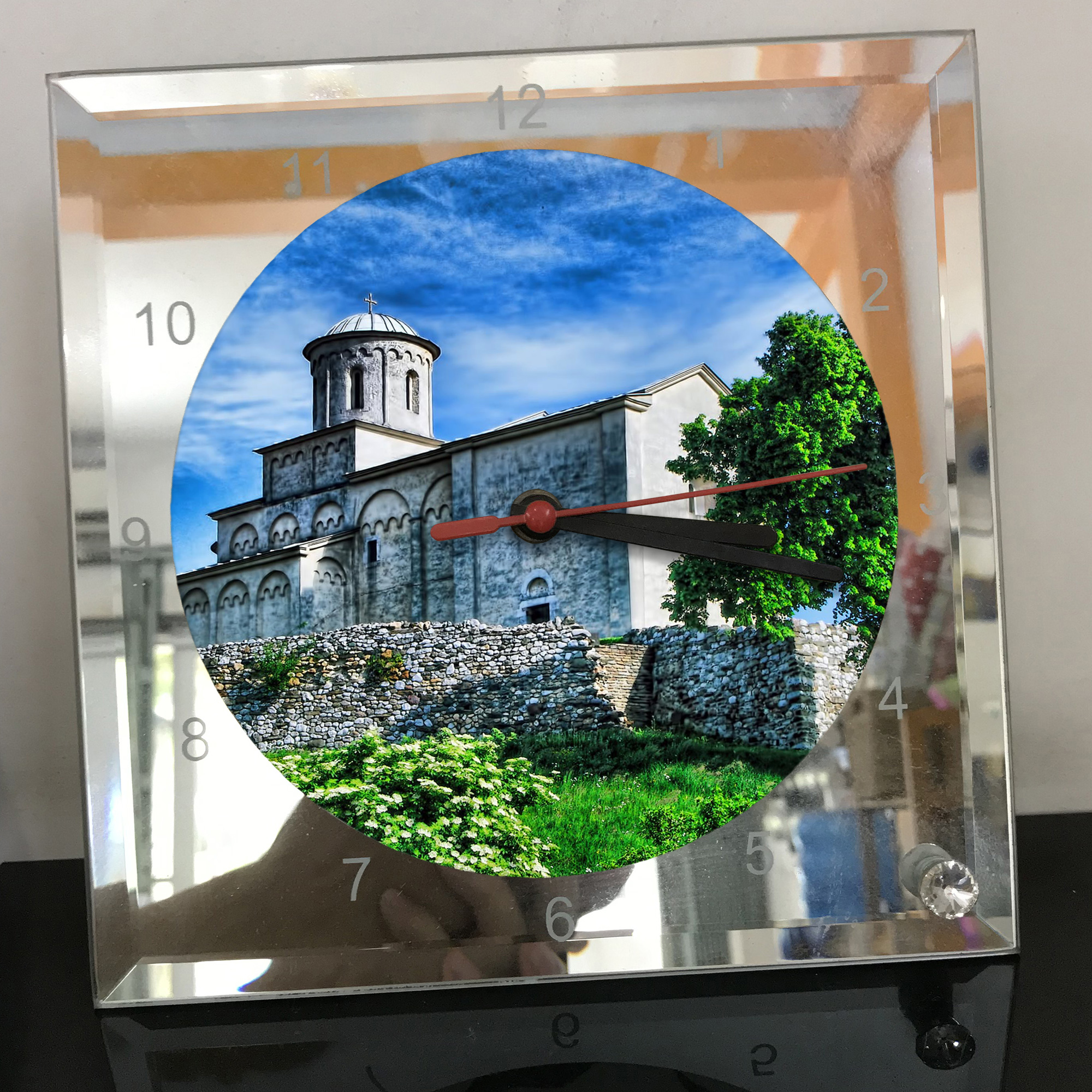 Đồng hồ thủy tinh vuông 20x20 in hình Church - nhà thờ (183) . Đồng hồ thủy tinh để bàn trang trí đẹp chủ đề tôn giáo