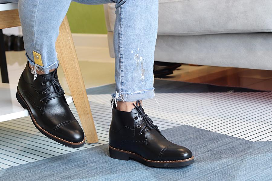 Giày Boots Nam Tăng Chiều Cao Siêu Nhẹ T&TRA Tăng Cao 7Cm, S1079 Đen , Chất Liệu Da Bò Cao Cấp, Đế Và Lót Siêu Nhẹ Giúp Giảm Trọng Lượng 30% So Với Đế Cao Su