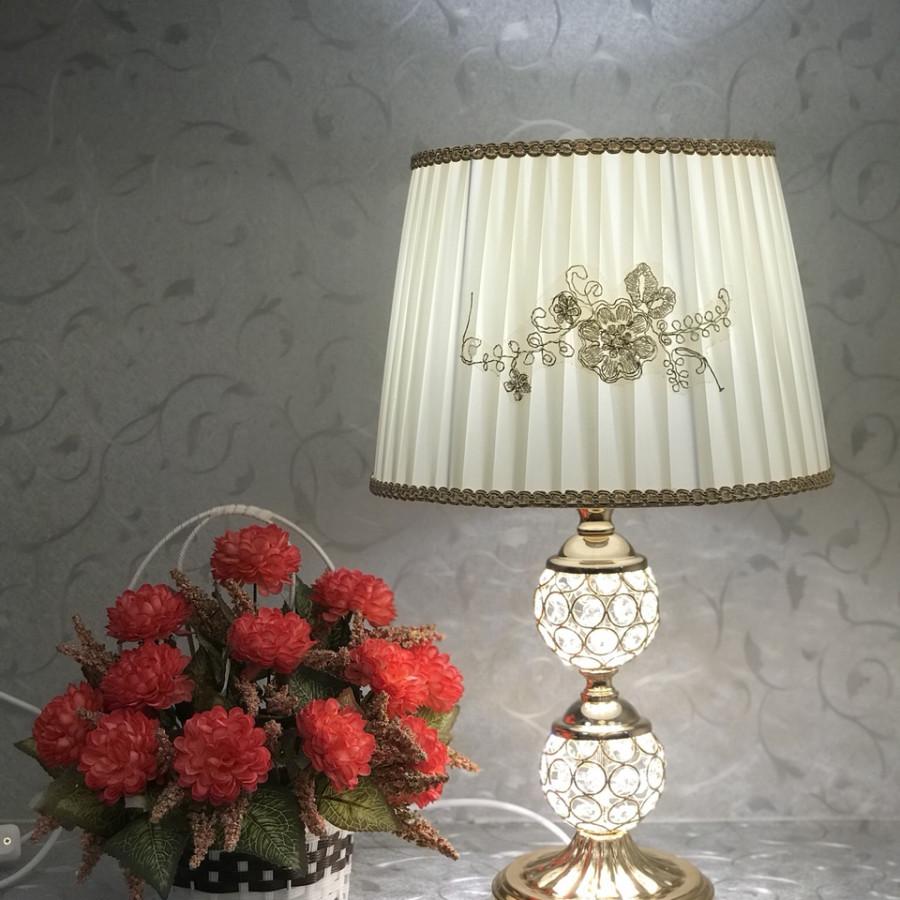Đèn ngủ để bàn - đèn trang trí phòng ngủ - đèn bàn pha lê trang trí MB8223