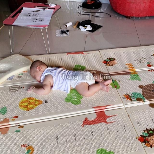 Thảm xốp XPE trải sàn cho bé gấp gọn 2 mặt phủ silicon Hàn Quốc nhiều mẫu đẹp