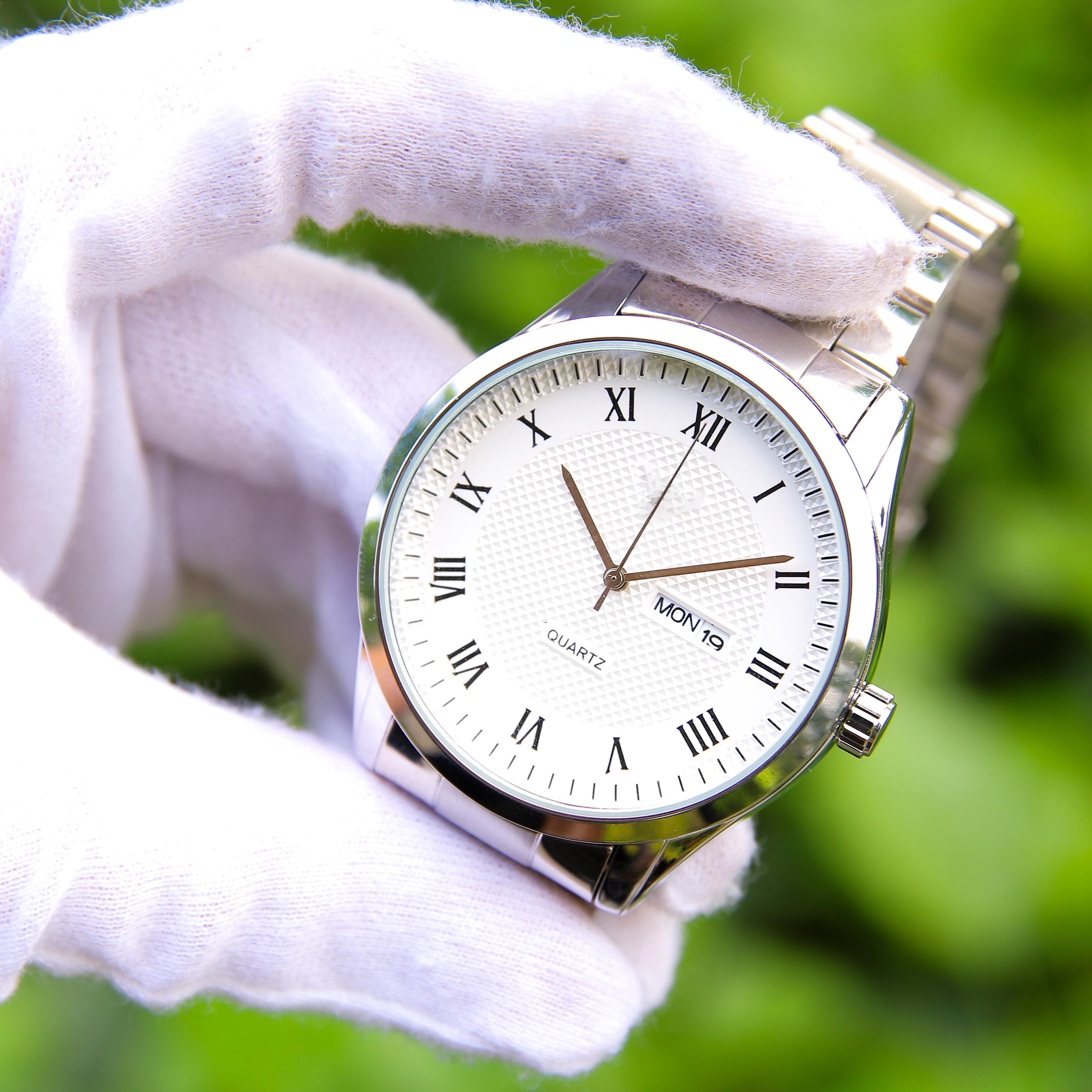 Đồng hồ nam dây kim loại cao cấp – Thiết kế sang trọng, lịch lãm, dễ phối đồ – Mặt kính cứng chống xước, chống nước hiệu quả - Hiển thị lịch ngày tháng - TI003050