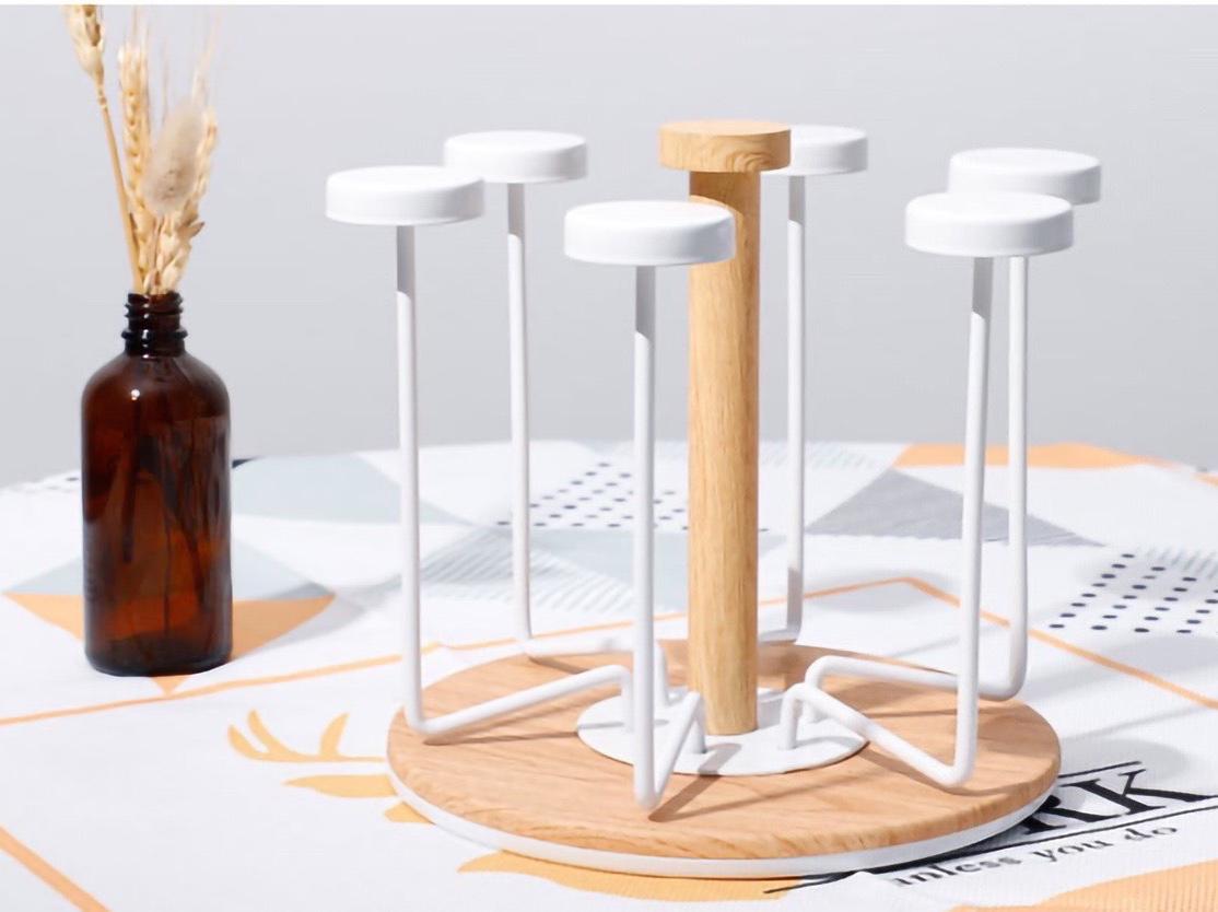 Giá úp cốc gỗ quay 360 độ