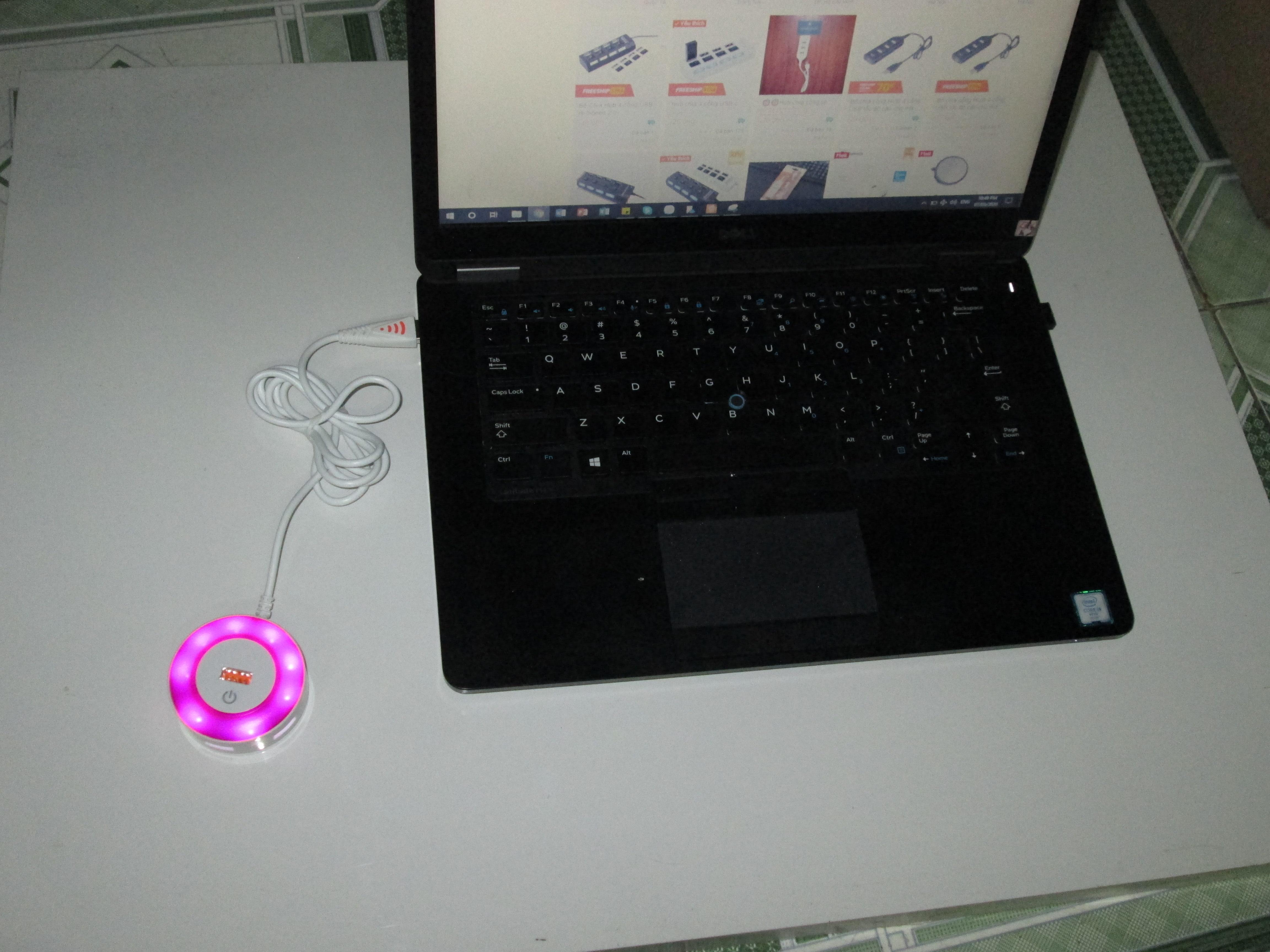 Hub chuyển đổi 1 ra 4 cổng USB - cảm ứng có LED
