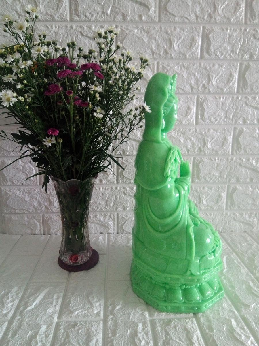 Tượng Phật Bà Quan Âm tọa đài sen đá poly xanh đại cao 40cm - QADX40