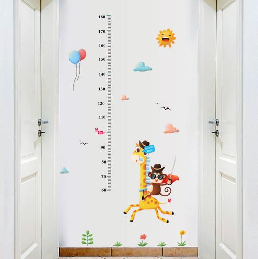 Decal dán tường hươu khỉ số 1 Thước đo chiều cao cho bé đẹp
