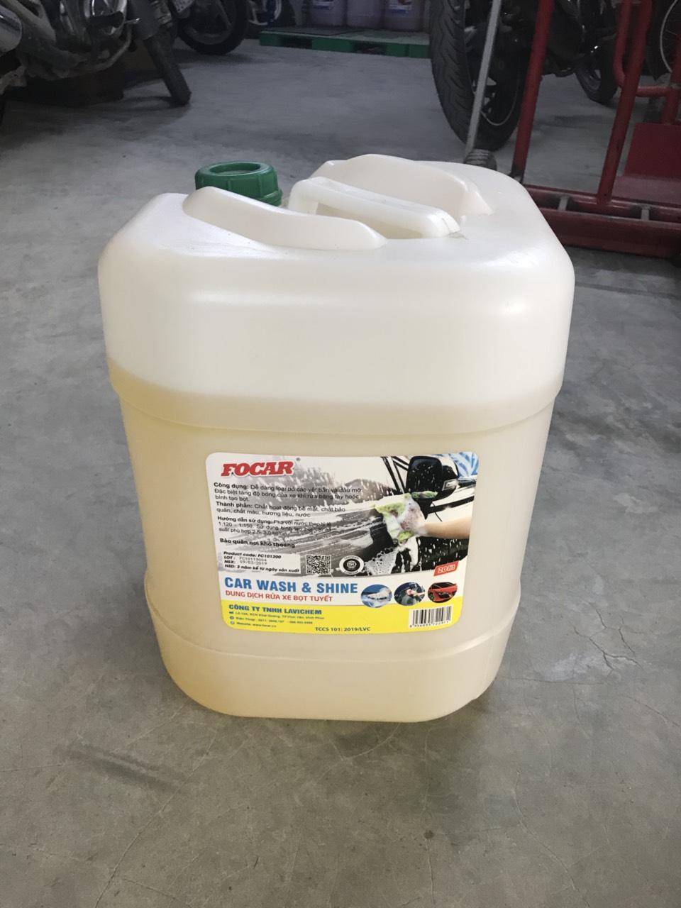 Dung dịch rửa xe bọt tuyết dưỡng bóng vỏ sơn FOCAR Car Wash & Shine đậm đặc 1:120 - Can 20L
