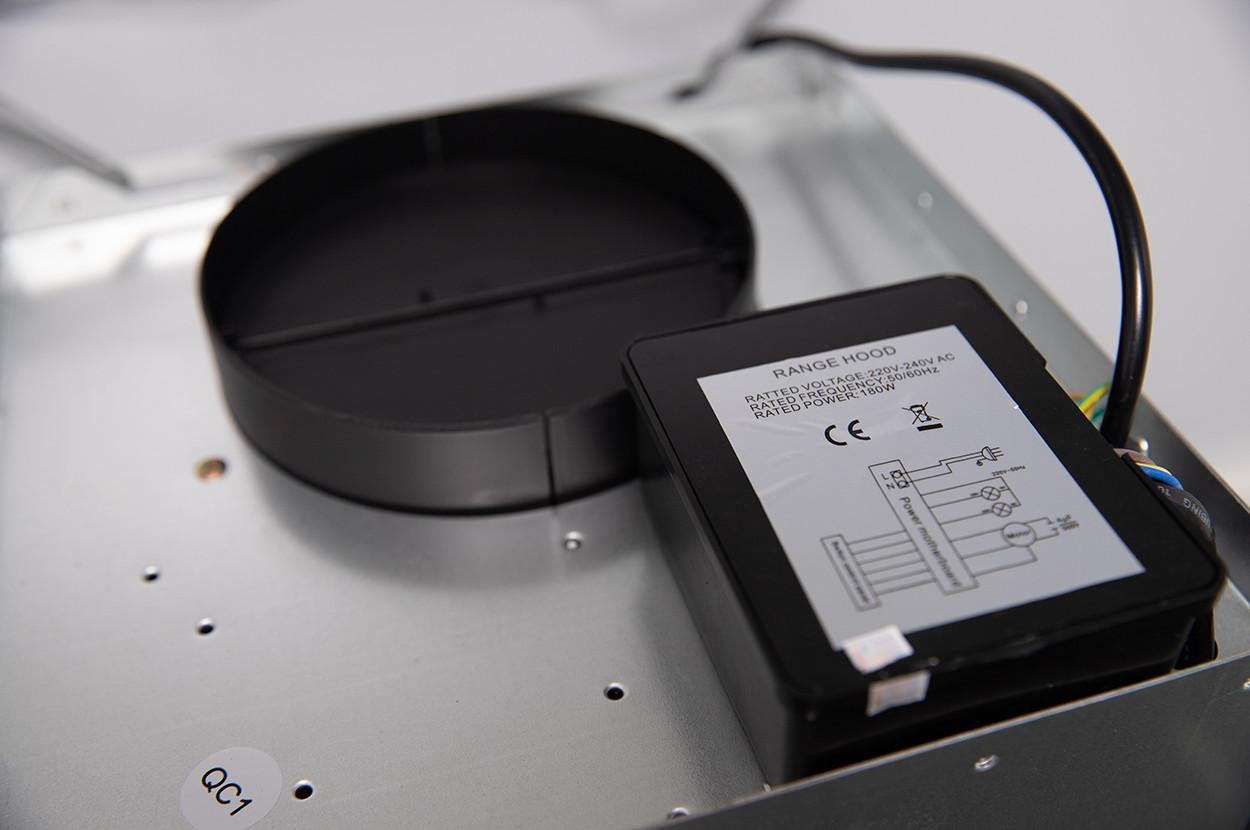 Máy hút mùi kính cong Kanzo 700mm KZ-WH-70HD Bảo hành 24 tháng - Hàng chính hãng