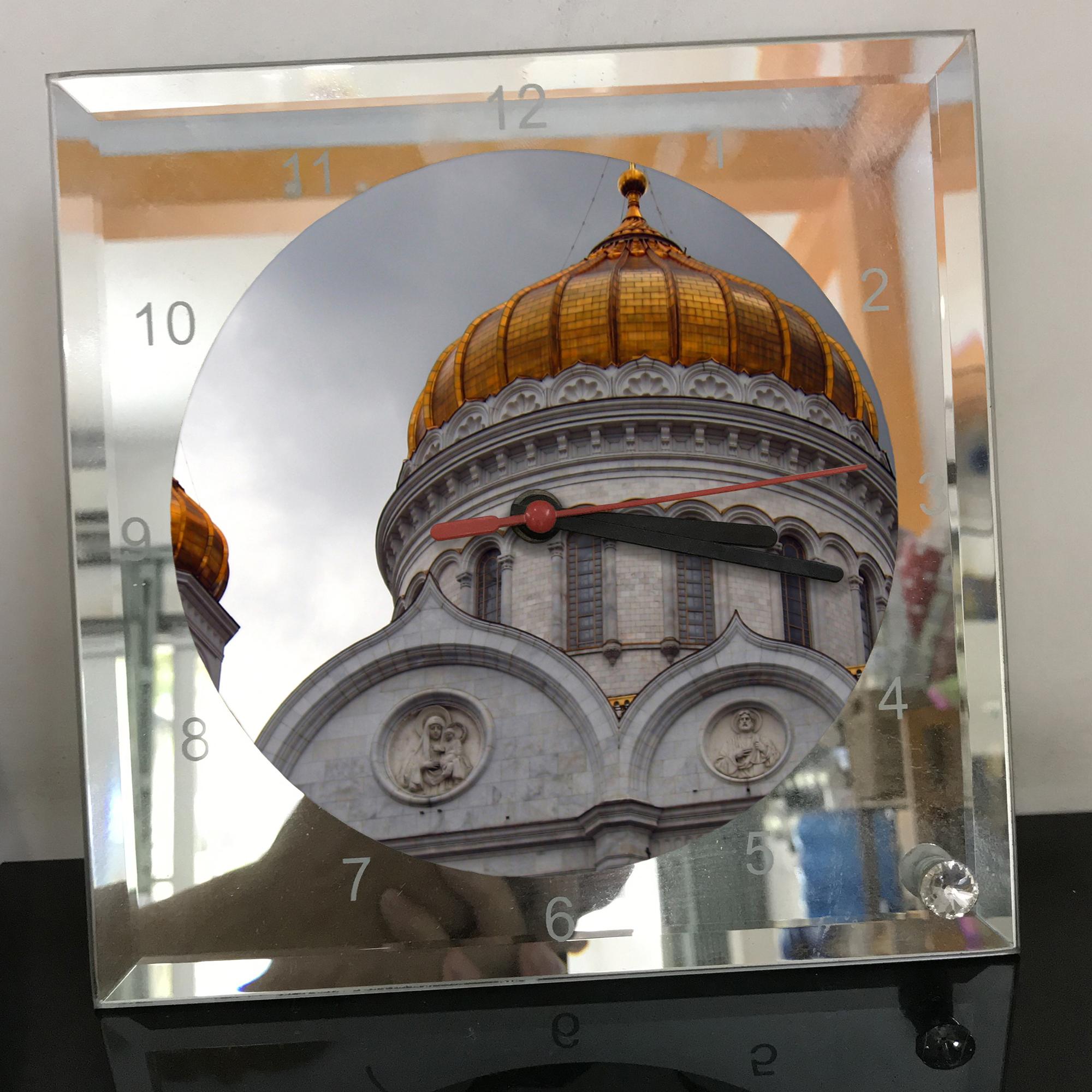 Đồng hồ thủy tinh vuông 20x20 in hình Cathedral Of Christ the saviour (24) . Đồng hồ thủy tinh để bàn trang trí đẹp chủ đề tôn giáo