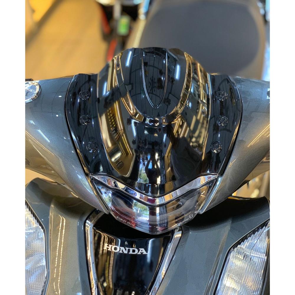 Mão Ốp Đầu Đèn V2 Dành Cho SH 2020 + Tặng 01 Móc Gắng Chìa Khóa Xe Ngẫu Nhiên