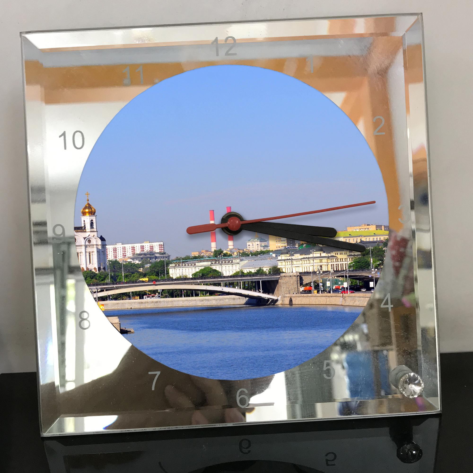 Đồng hồ thủy tinh vuông 20x20 in hình Cathedral Of Christ the saviour (34) . Đồng hồ thủy tinh để bàn trang trí đẹp chủ đề tôn giáo