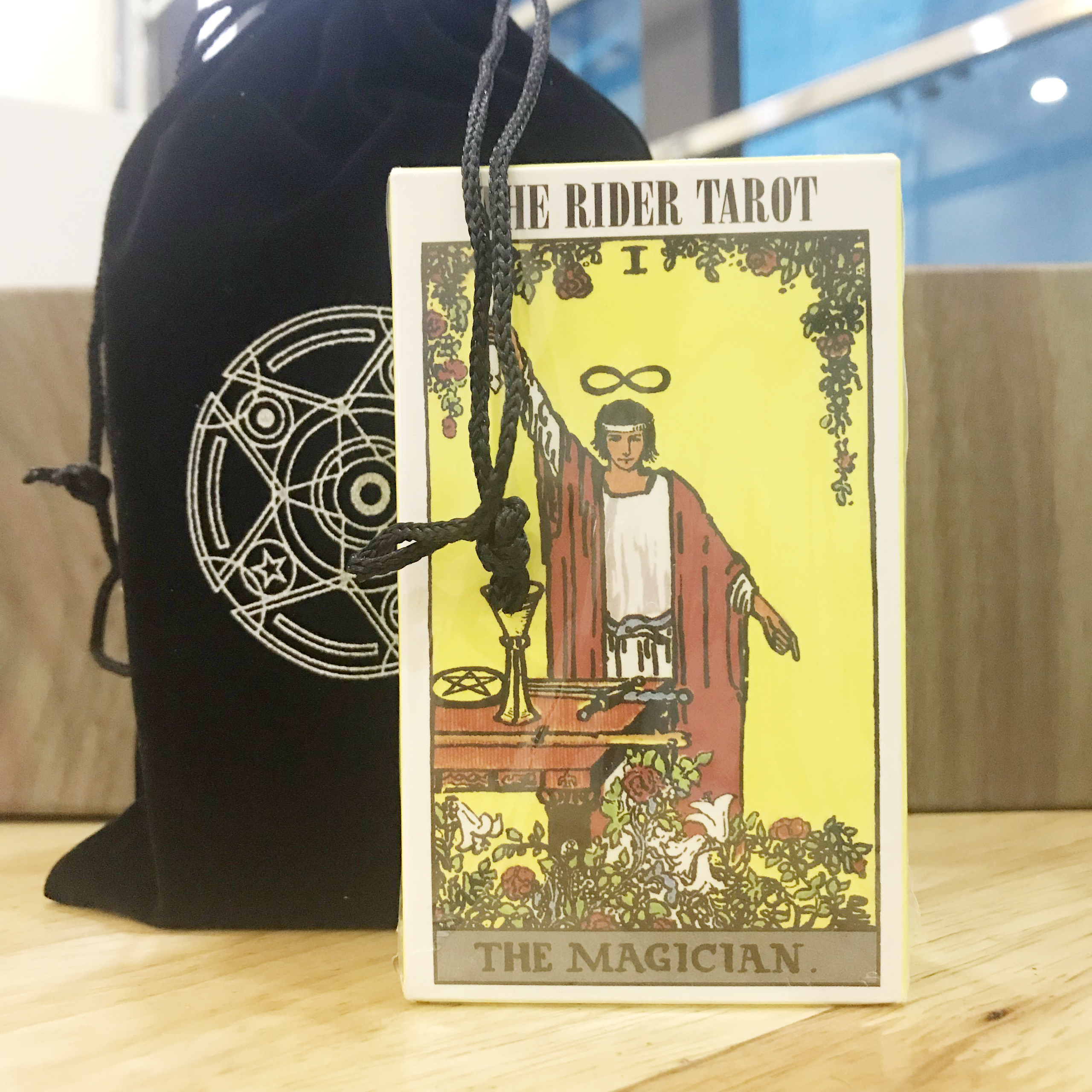 Bài Tarot Kèm Túi Đựng Bài – Bài Bói Tarot Chính Hãng Amalife - The Rider Waite Deck