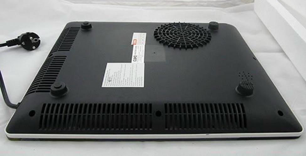 Bếp điện từ Cuho kèm - nồi inox công suất 1800W, phím cảm ứng-Hàng chính hãng