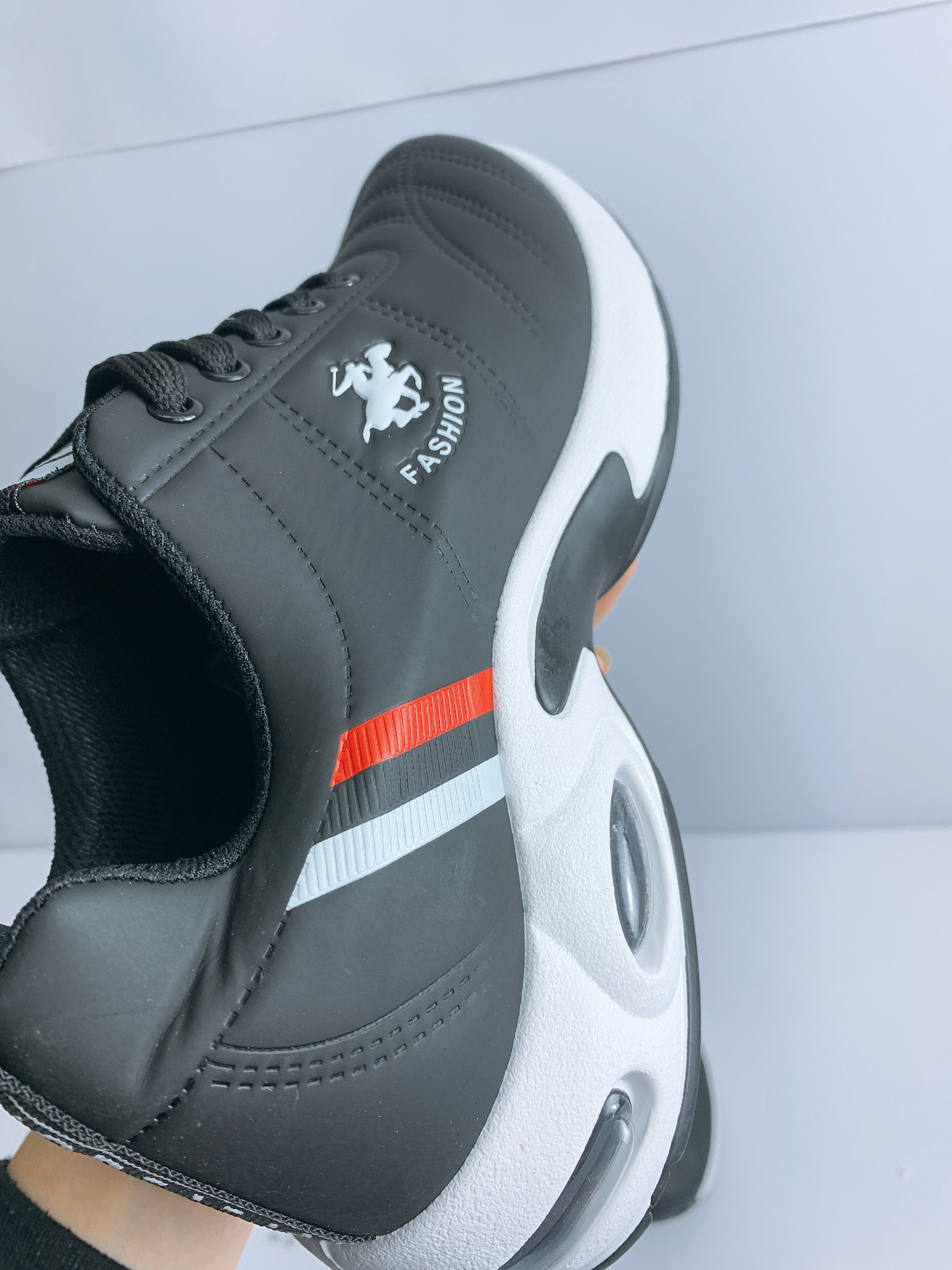 Giày Thể Thao Nam Fashion - Chất Liệu Cao Cấp - Bền, Đẹp, Êm Chân - Trẻ Trung, Năng Động - Tặng Ngẫu Nhiên 1 Đôi Tất Ngắn Cổ