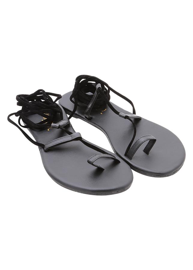 Giày Sandal Nữ Cột Dây Q8 51