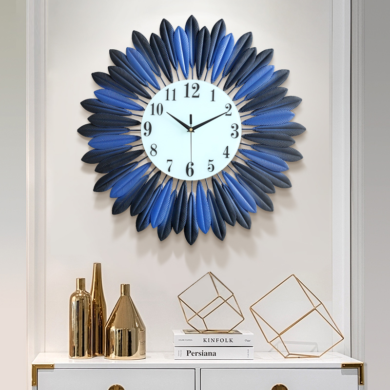 Đồng hồ treo tường nghệ thuật lông vũ kim loại kết tròn màu xanh dương - ĐK 50 cm