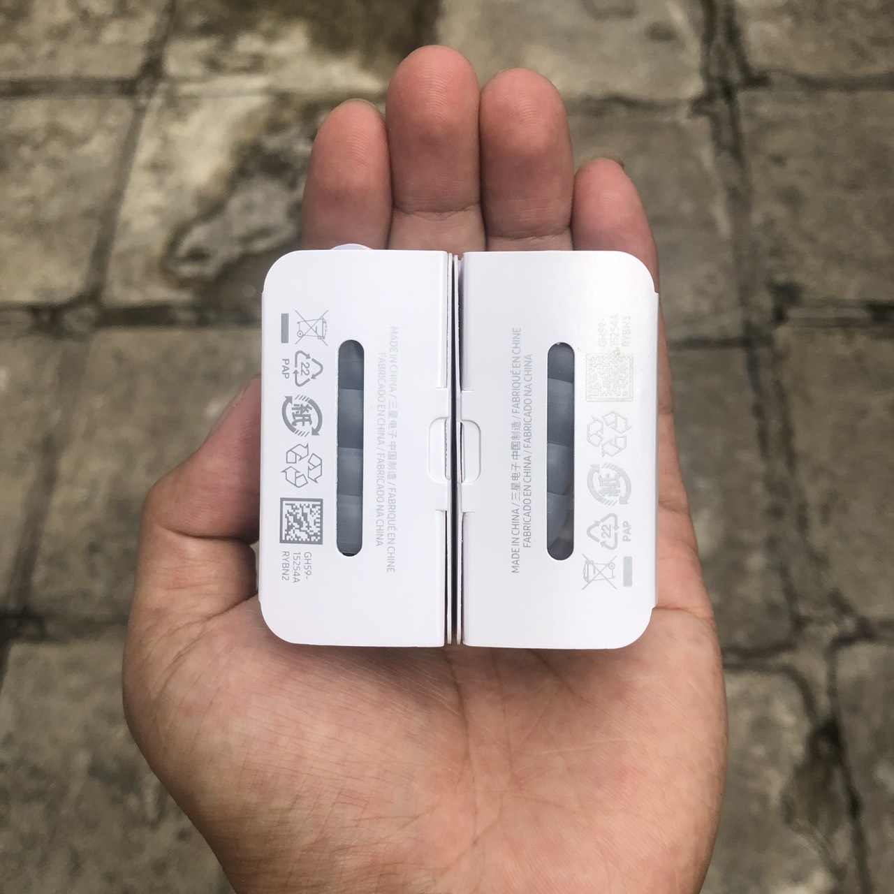 Tai Nghe Nhét Tai Dành Cho Samsung S20 Ultra - Âm Thanh Cực Chất - Chân Cắm Type C - Trắng