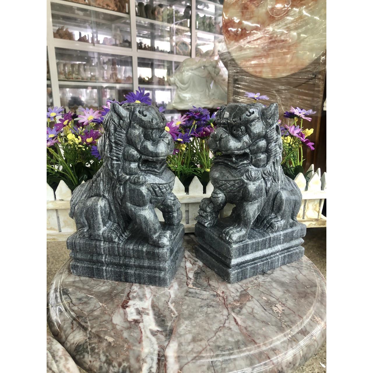 Cặp Kỳ Lân phong thủy gác cổng đá cẩm thạch vân đen - Cao 20 cm