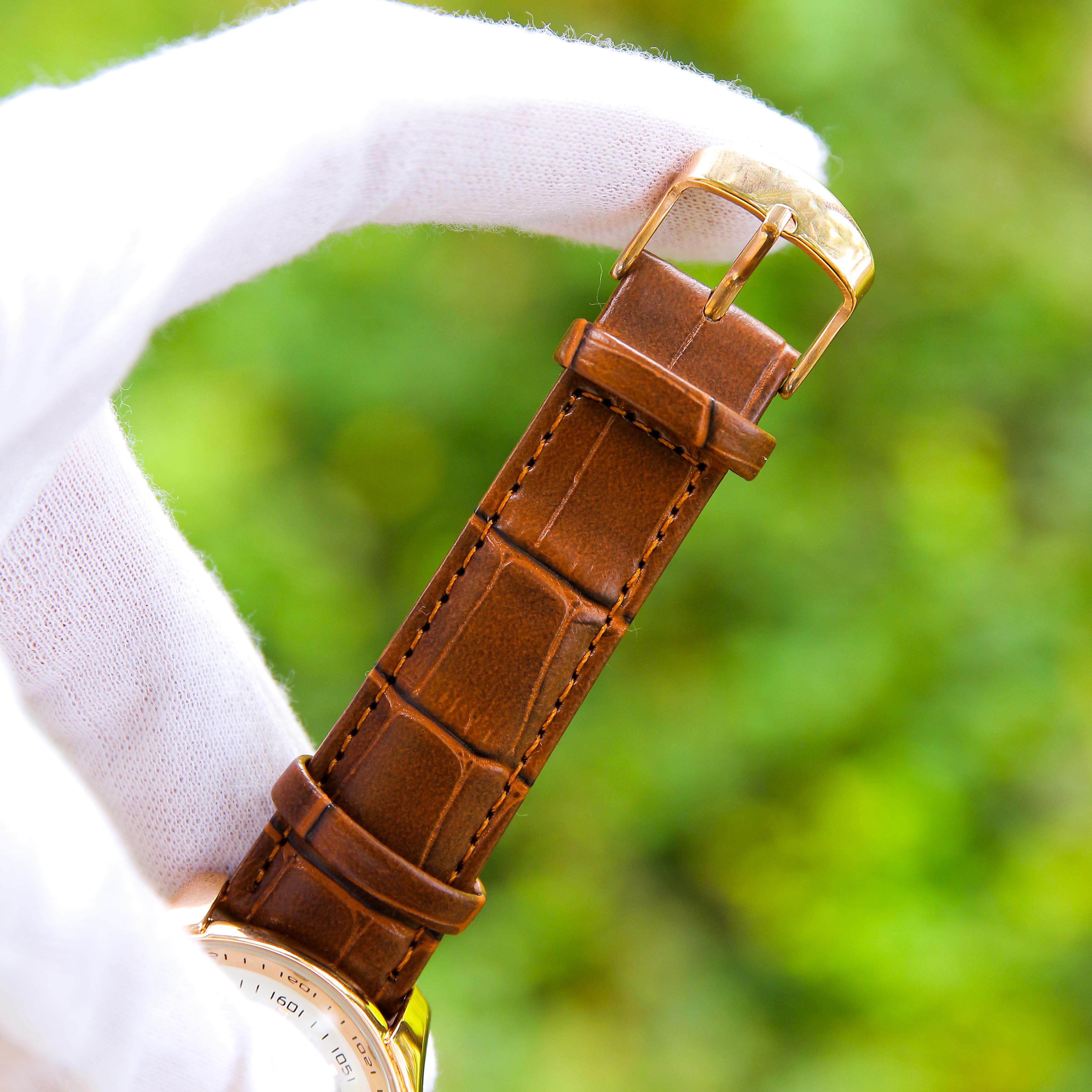 Đồng hồ nam phong cách Ý dây da mặt tròn OM003207 hiển thị lịch ngày – Thiết kế sang trọng – Lịch lãm – Phù hợp đi làm đi chơi