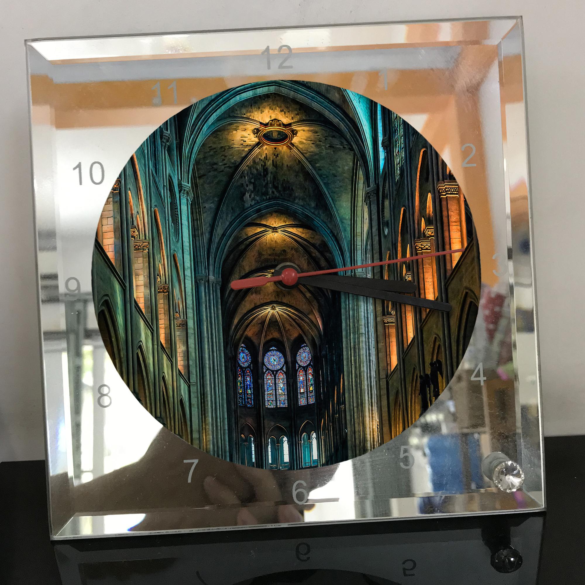 Đồng hồ thủy tinh vuông 20x20 in hình Cathedral - nhà thờ chính tòa (44) . Đồng hồ thủy tinh để bàn trang trí đẹp chủ đề tôn giáo