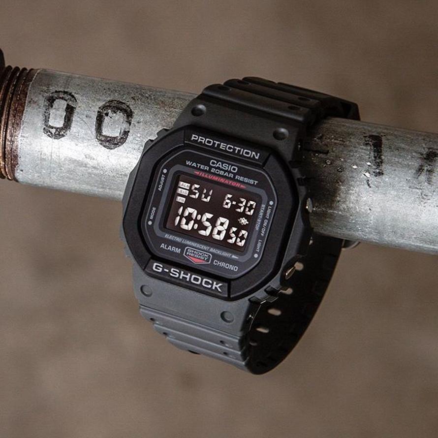 Đồng hồ nam dây nhựa Casio G-Shock chính hãng DW-5610SU-8DR