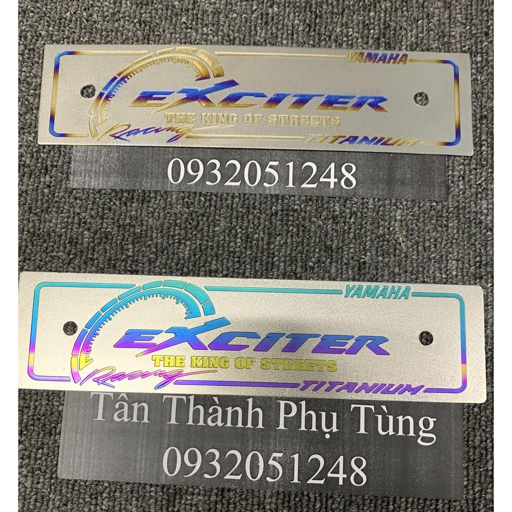 Bảng tên Titan dành cho xe Exciter kèm bass ốc