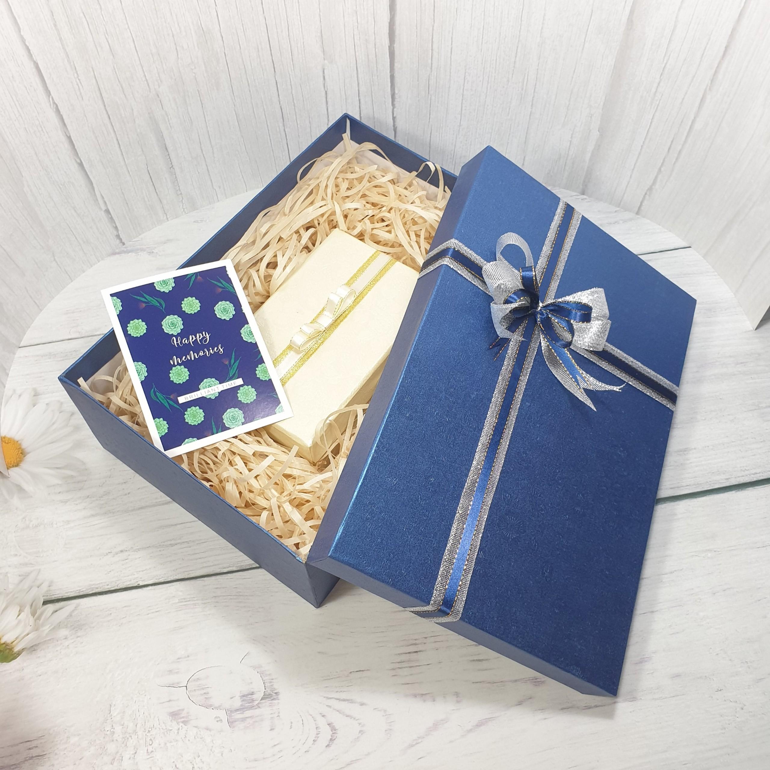 [Tặng thiệp + Giấy rơm] Hộp quà chữ nhật tặng người yêu 30x20x10cm – HQ30