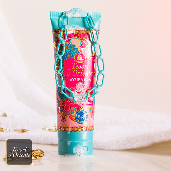 Sữa tắm nước hoa Tesori'D Oriente Ayurveda Shower Cream  250ml + Móc khóa