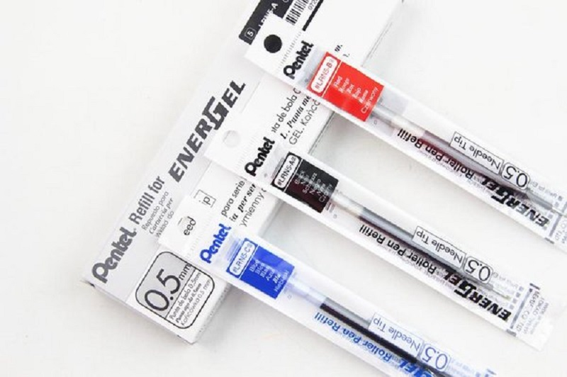 Ruột bút Pentel Energel Roller Pen Refill - Needle Tip 0.5mm - Màu đỏ (Red)