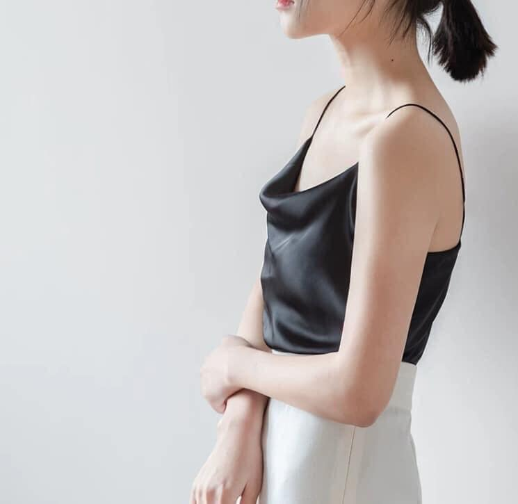 Áo Hai Dây kiểu Cổ Chữ V Chất Lụa Satin Cao Cấp Thời Trang Dành Cho Nữ