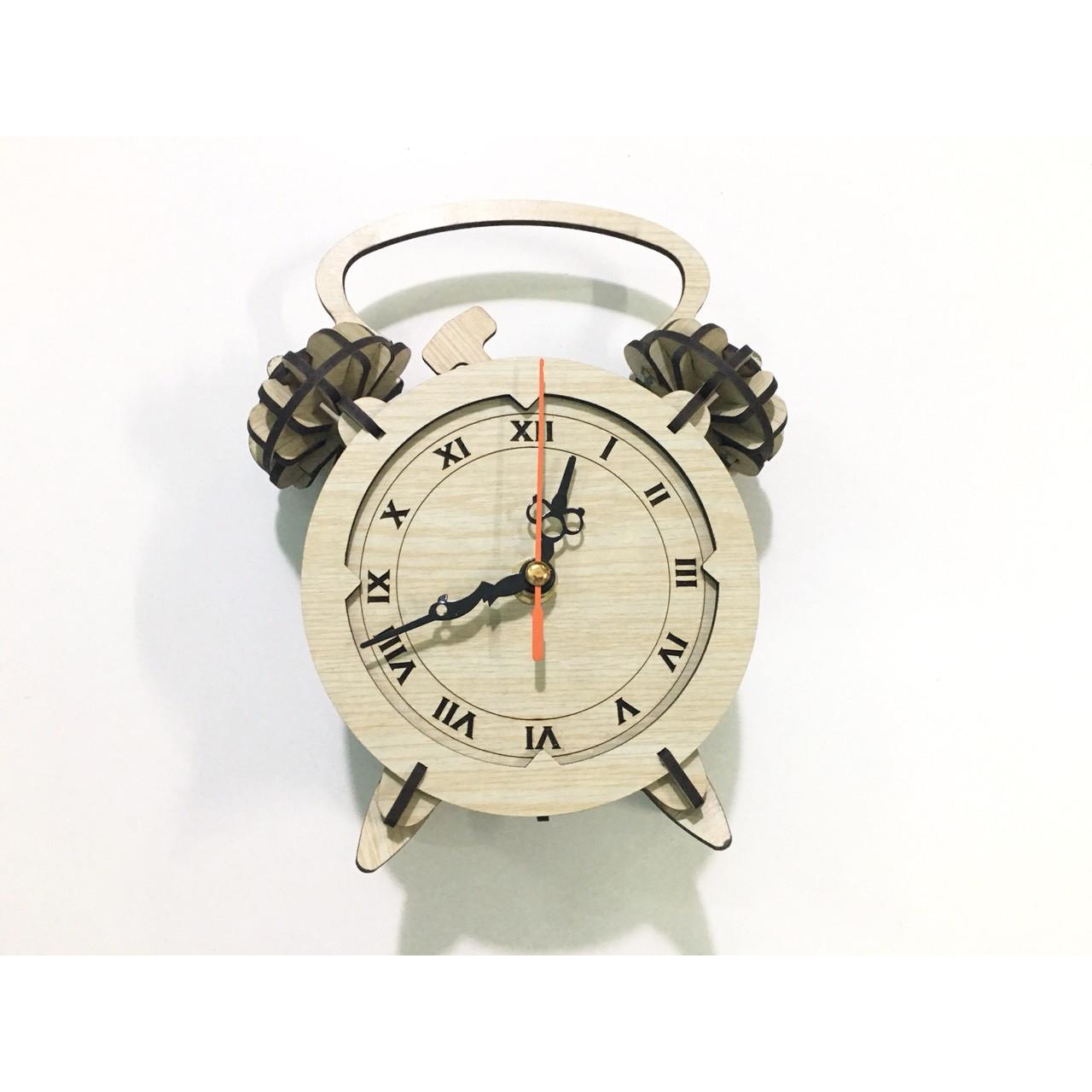 Đồng hồ để bàn kim trôi cao cấp